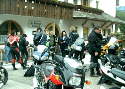 motorrad-hotel-langeshof-suedtirol_01