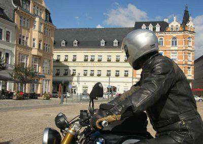 Bikerblick aufs Hotel