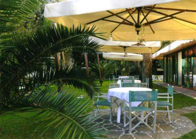 giardino-hotel-ermione-marina-di-pietrasanta-versilia6