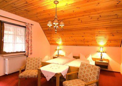 zweibettzimmer klein