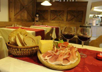 191378_ristorante-tirol