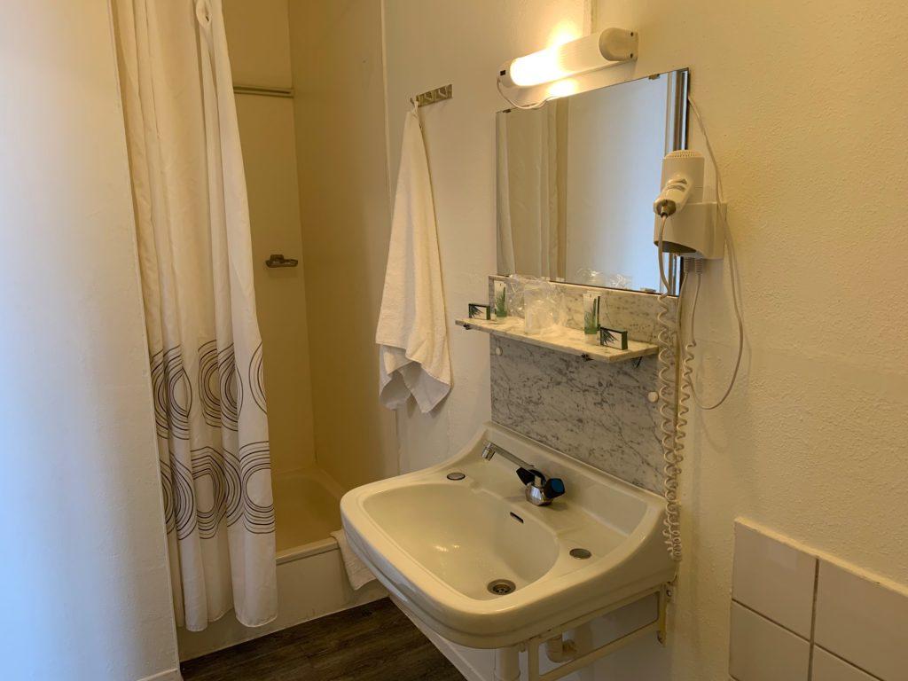 kamer 9 - badkamer douche LSc