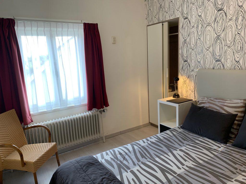 kamer 9 - bed raam LSc