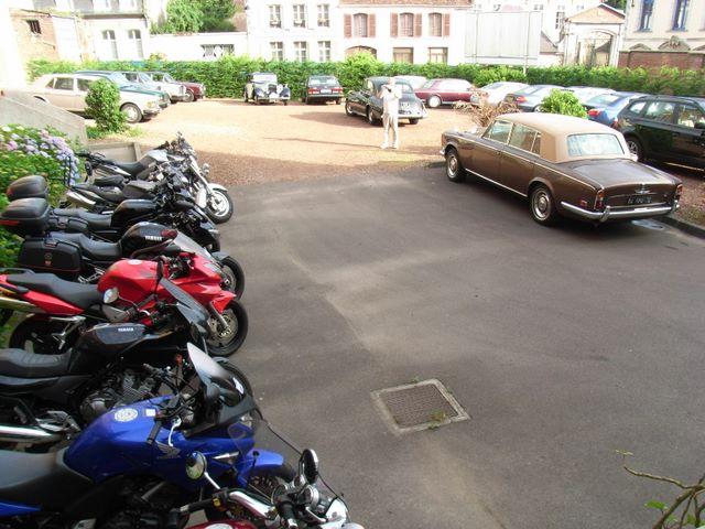 Hotel - Secure Parking
