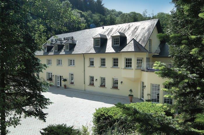 HOTEL AU VIEUX MOULIN